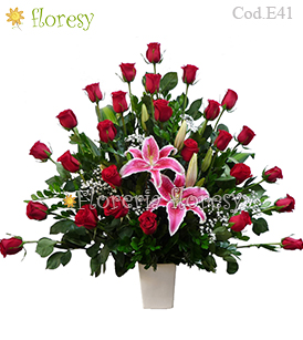 Hollywood Special Arrangement - 36 roses